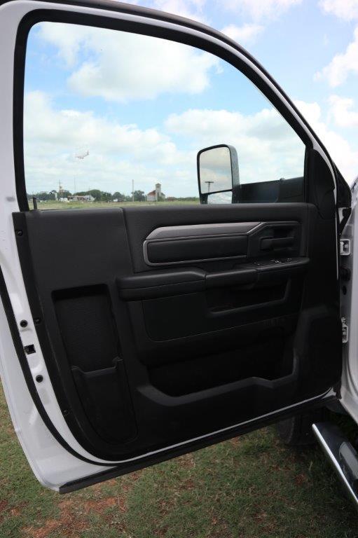 2020 Ram 5500 Regular Cab DRW 4x4, Palfinger PAL Pro 39 Mechanics Body #102499 - photo 23