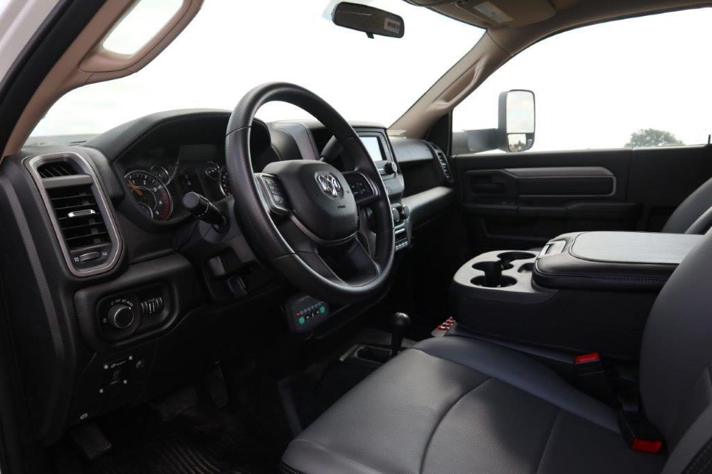 2020 Ram 5500 Regular Cab DRW 4x4, Palfinger PAL Pro 39 Mechanics Body #102499 - photo 24