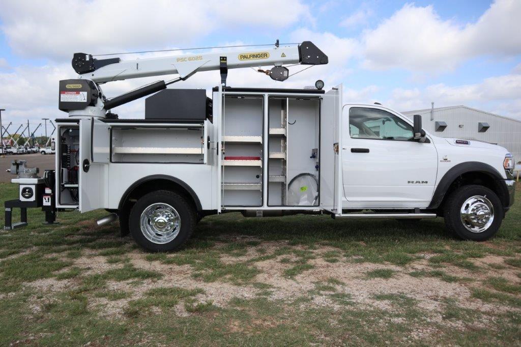 2020 Ram 5500 Regular Cab DRW 4x4, Palfinger PAL Pro 39 Mechanics Body #102499 - photo 35