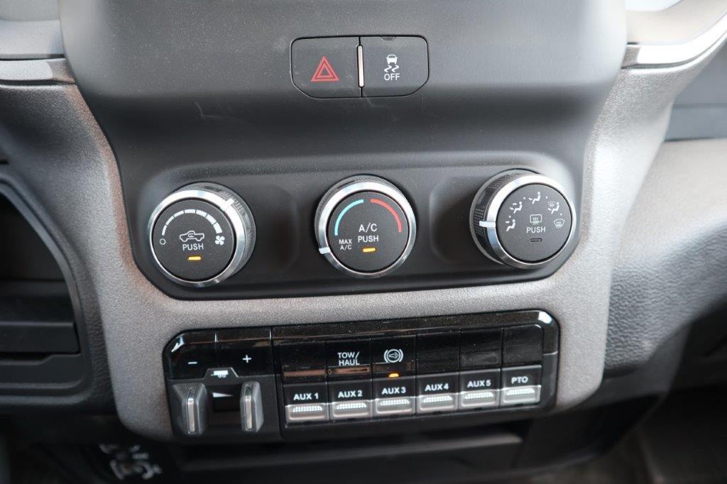 2020 Ram 5500 Regular Cab DRW 4x4, Palfinger PAL Pro 39 Mechanics Body #102509 - photo 14