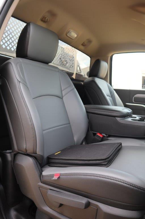 2020 Ram 5500 Regular Cab DRW 4x4, Palfinger PAL Pro 39 Mechanics Body #112976 - photo 24