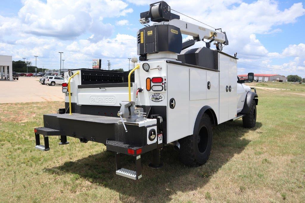 2020 Ram 5500 Regular Cab DRW 4x4, Palfinger PAL Pro 39 Mechanics Body #112976 - photo 11