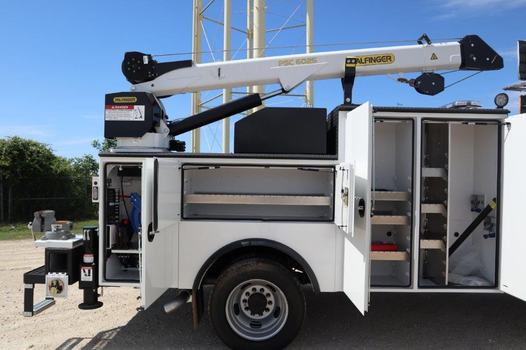 2020 Ram 5500 Crew Cab DRW 4x4, Palfinger PAL Pro 39 Mechanics Body #119707 - photo 51