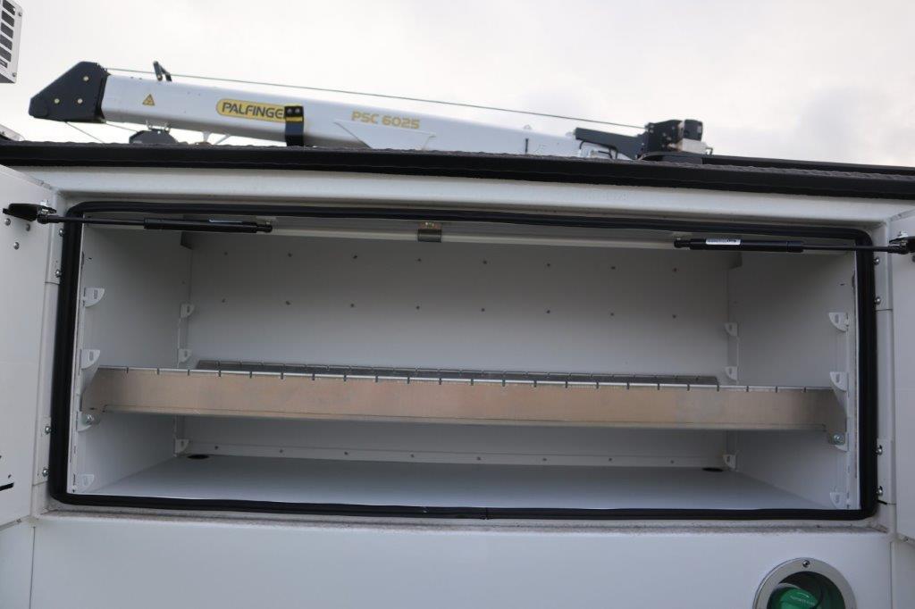 2020 Ram 5500 Crew Cab DRW 4x4, Palfinger PAL Pro 39 Mechanics Body #130030 - photo 29