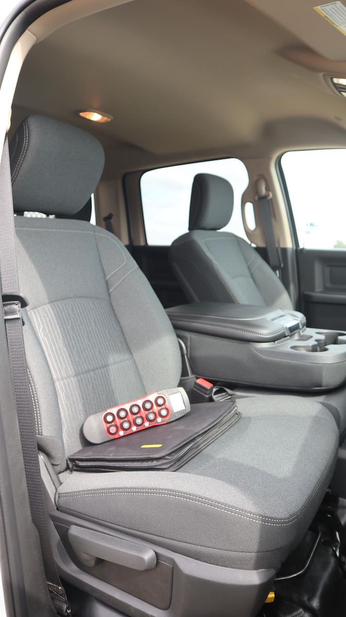 2020 Ram 3500 Crew Cab DRW 4x4, Palfinger PAL Pro 20 Mechanics Body #279873 - photo 39