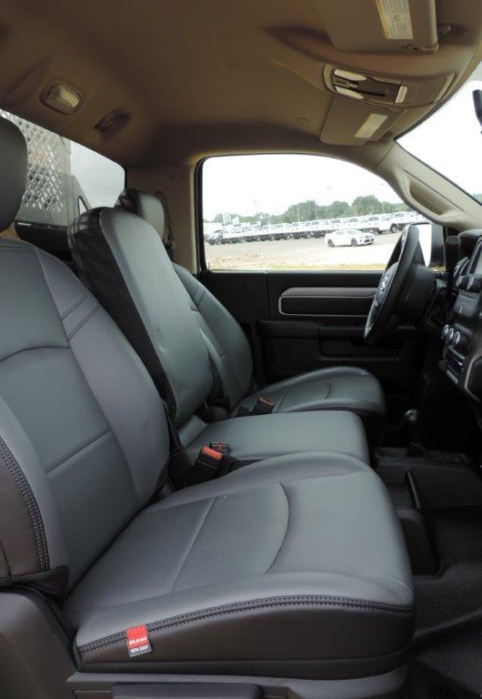 2019 Ram 5500 Regular Cab DRW 4x4,  Mechanics Body #531486 - photo 30