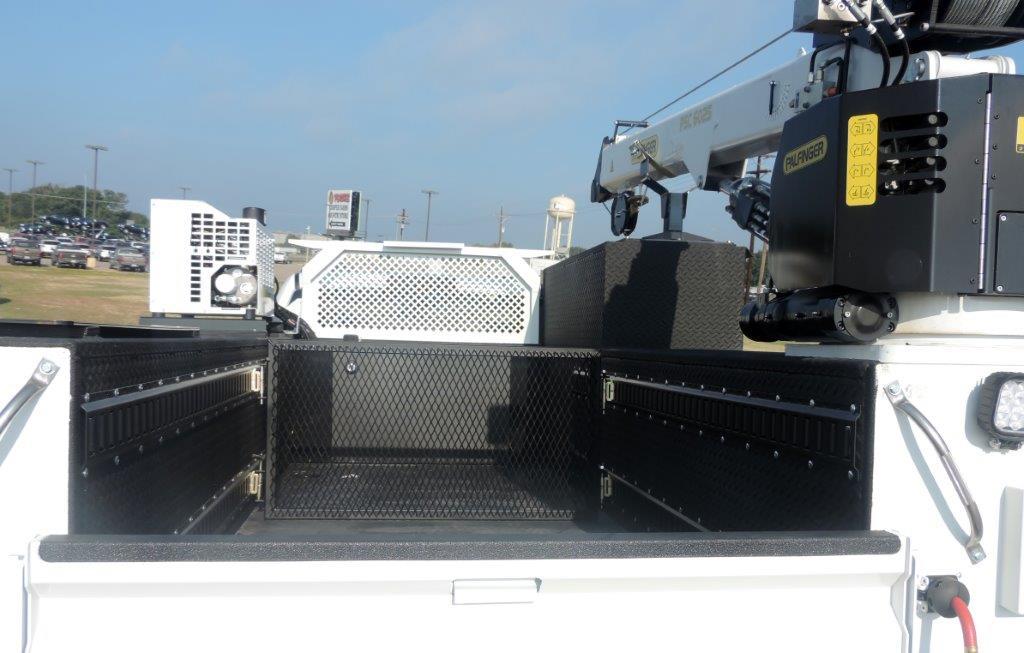 2019 Ram 5500 Regular Cab DRW 4x4,  Palfinger PAL Pro 39 Mechanics Body #535505 - photo 9