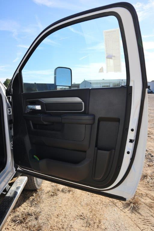 2019 Ram 5500 Regular Cab DRW 4x4, Palfinger PAL Pro 43 Mechanics Body #535519 - photo 30