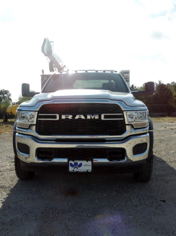 2019 Ram 5500 Regular Cab DRW 4x4,  Palfinger PAL Pro 43 Mechanics Body #535524 - photo 5