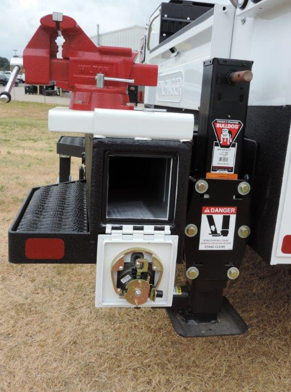 2019 Ram 5500 Regular Cab DRW 4x4,  Mechanics Body #535529 - photo 23