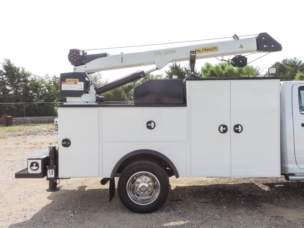 2019 Ram 5500 Regular Cab DRW 4x4,  Palfinger Mechanics Body #535539 - photo 21