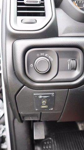 2021 Ram 5500 Regular Cab DRW 4x4, Palfinger PAL Pro 39 Mechanics Body #538704 - photo 41