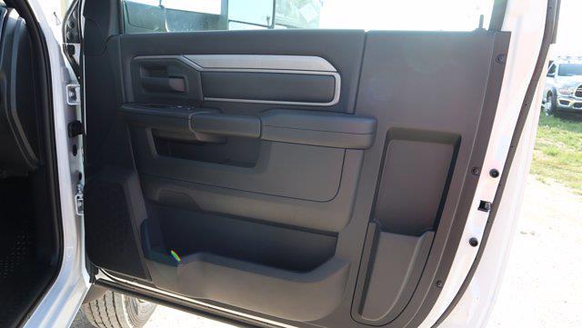 2021 Ram 5500 Regular Cab DRW 4x4, Palfinger PAL Pro 43 Mechanics Body #599053 - photo 28