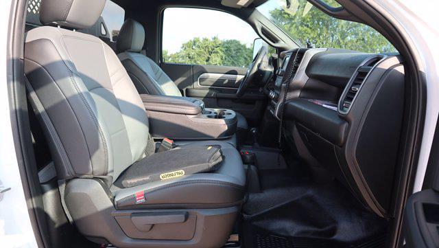 2021 Ram 5500 Regular Cab DRW 4x4, Palfinger PAL Pro 43 Mechanics Body #599053 - photo 29