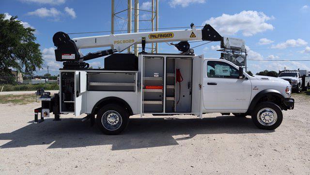 2021 Ram 5500 Regular Cab DRW 4x4, Palfinger PAL Pro 43 Mechanics Body #599054 - photo 23