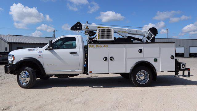 2021 Ram 5500 Regular Cab DRW 4x4, Palfinger PAL Pro 43 Mechanics Body #599054 - photo 5