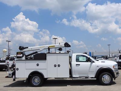 2021 Ram 5500 Regular Cab DRW 4x4,  Palfinger PAL Pro 39 Mechanics Body #599055 - photo 2