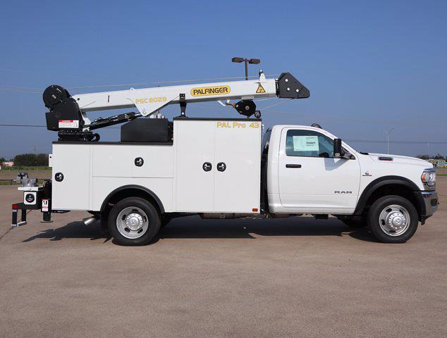 2021 Ram 5500 Regular Cab DRW 4x4,  Palfinger PAL Pro 43 Mechanics Body #599056 - photo 14
