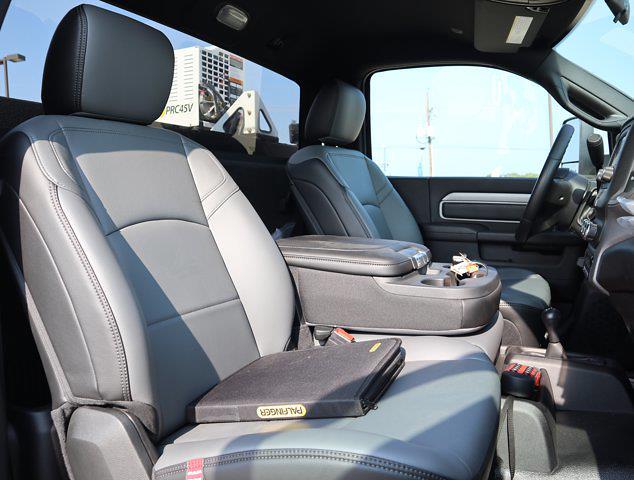 2021 Ram 5500 Regular Cab DRW 4x4,  Palfinger PAL Pro 43 Mechanics Body #599056 - photo 54