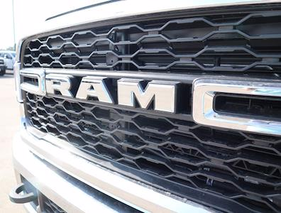 2021 Ram 5500 Regular Cab DRW 4x4,  Palfinger PAL Pro 43 Mechanics Body #599056 - photo 16