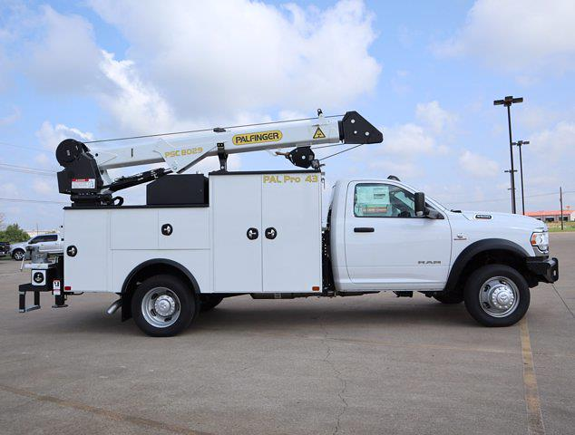 2021 Ram 5500 Regular Cab DRW 4x4,  Palfinger PAL Pro 43 Mechanics Body #599058 - photo 15