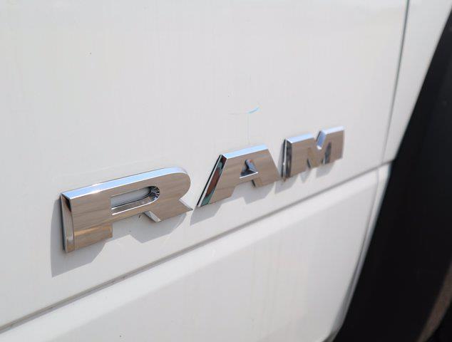 2021 Ram 5500 Regular Cab DRW 4x4,  Palfinger PAL Pro 43 Mechanics Body #599058 - photo 18
