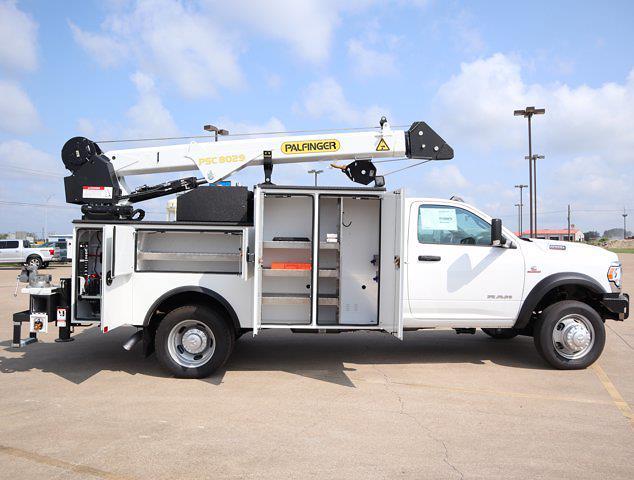 2021 Ram 5500 Regular Cab DRW 4x4,  Palfinger PAL Pro 43 Mechanics Body #599058 - photo 32