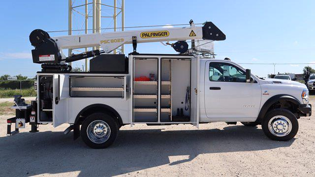 2021 Ram 5500 Regular Cab DRW 4x4, Palfinger PAL Pro 43 Mechanics Body #599060 - photo 14