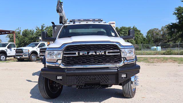 2021 Ram 5500 Regular Cab DRW 4x4, Palfinger PAL Pro 43 Mechanics Body #599060 - photo 3