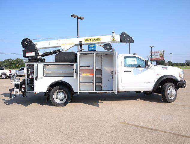 2021 Ram 5500 Regular Cab DRW 4x4,  Palfinger PAL Pro 43 Mechanics Body #599062 - photo 21