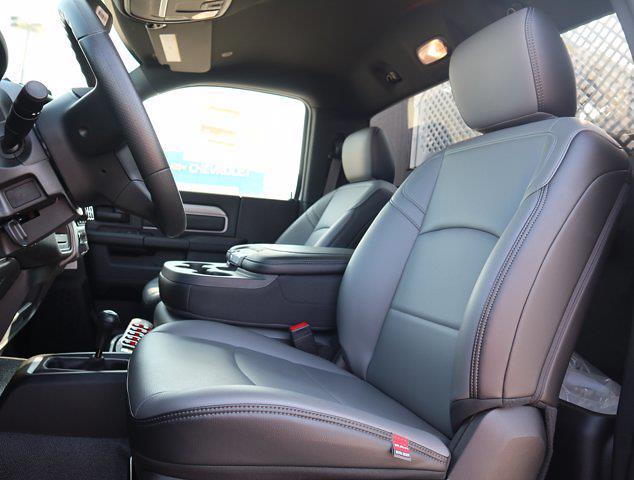 2021 Ram 5500 Regular Cab DRW 4x4,  Palfinger PAL Pro 43 Mechanics Body #599062 - photo 39