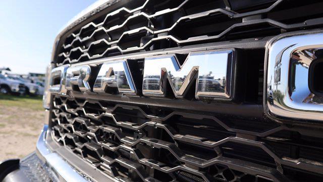 2021 Ram 5500 Regular Cab DRW 4x4, Palfinger PAL Pro 43 Mechanics Body #599064 - photo 17