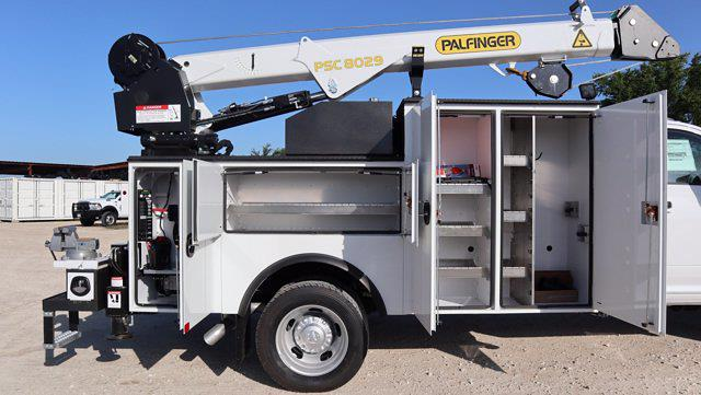 2021 Ram 5500 Regular Cab DRW 4x4, Palfinger PAL Pro 43 Mechanics Body #599064 - photo 31