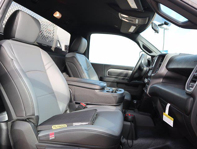 2021 Ram 5500 Regular Cab DRW 4x4,  Palfinger PAL Pro 43 Mechanics Body #600680 - photo 54