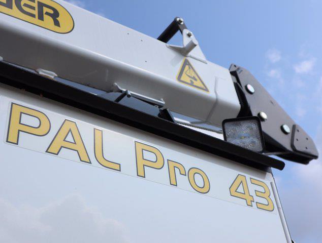 2021 Ram 5500 Regular Cab DRW 4x4,  Palfinger PAL Pro 43 Mechanics Body #612999 - photo 17
