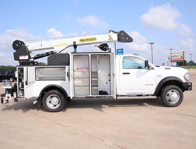 2021 Ram 5500 Regular Cab DRW 4x4,  Palfinger PAL Pro 43 Mechanics Body #612999 - photo 32
