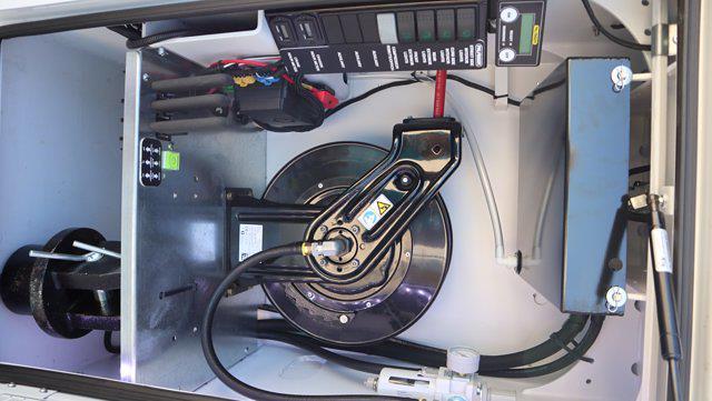 2021 Ram 5500 Regular Cab DRW 4x4, Palfinger PAL Pro 43 Mechanics Body #613000 - photo 17