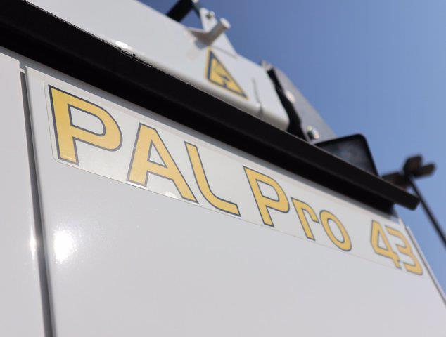 2021 Ram 5500 Regular Cab DRW 4x4,  Palfinger PAL Pro 43 Mechanics Body #613001 - photo 21