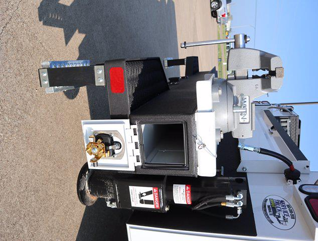 2021 Ram 5500 Regular Cab DRW 4x4, Mechanics Body #613001 - photo 24