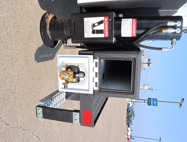 2021 Ram 5500 Regular Cab DRW 4x4, Mechanics Body #613001 - photo 38