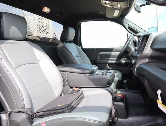 2021 Ram 5500 Regular Cab DRW 4x4,  Palfinger PAL Pro 43 Mechanics Body #613006 - photo 32