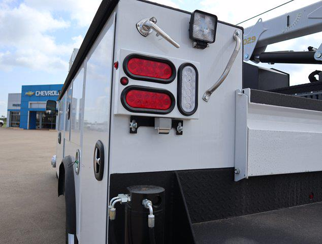 2021 Ram 5500 Regular Cab DRW 4x4,  Palfinger PAL Pro 43 Mechanics Body #613006 - photo 7