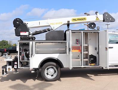 2021 Ram 5500 Regular Cab DRW 4x4,  Palfinger PAL Pro 43 Mechanics Body #613006 - photo 24