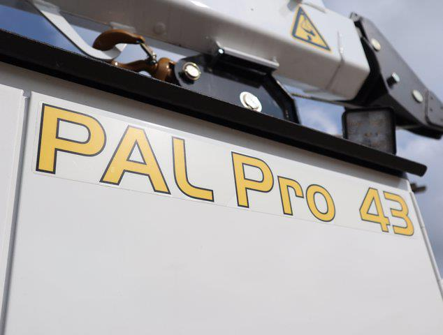 2021 Ram 5500 Regular Cab DRW 4x4,  Palfinger PAL Pro 43 Mechanics Body #613007 - photo 20