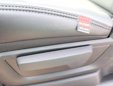 2021 Ram 5500 Regular Cab DRW 4x4,  Palfinger PAL Pro 43 Mechanics Body #613007 - photo 42
