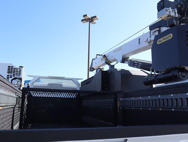 2021 Ram 5500 Regular Cab DRW 4x4,  Palfinger PAL Pro 39 Mechanics Body #613010 - photo 9