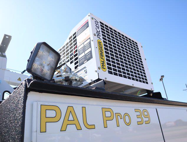 2021 Ram 5500 Regular Cab DRW 4x4,  Palfinger PAL Pro 39 Mechanics Body #613010 - photo 22