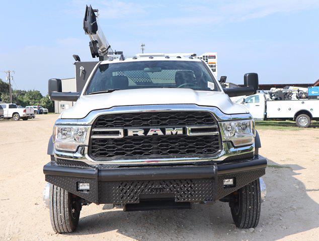 2021 Ram 5500 Regular Cab DRW 4x4,  Palfinger PAL Pro 43 Mechanics Body #613012 - photo 4