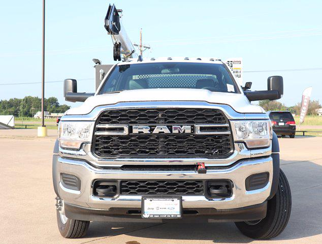 2021 Ram 5500 Regular Cab DRW 4x4,  Palfinger PAL Pro 43 Mechanics Body #613013 - photo 3