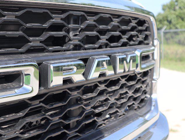 2021 Ram 5500 Regular Cab DRW 4x4,  Palfinger PAL Pro 39 Mechanics Body #613014 - photo 14